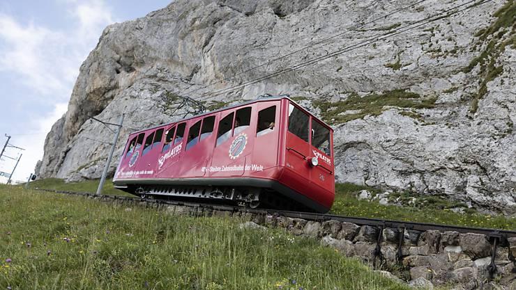 Unfall in der Zwischenstation: Zahnradbahn auf den Pilatus bei Kollision beschädigt. (Archivbild)