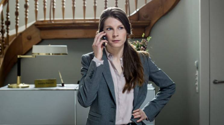 Anna Schinz erhält für ihre Rolle in «Private Banking»einen Nebenrollen-Preis.
