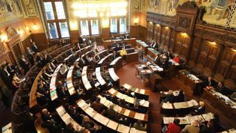 Der Grosse Rat soll künftig über die rechtliche Zulässigkeit und das weitere Vorgehen in einem Zug entscheiden.