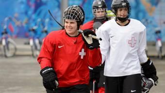 Sandra Thalmann (M.) und ihre Teamkolleginnen gehen voller Zuversicht ins Bronze-Spiel gegen die Schwedinnen.