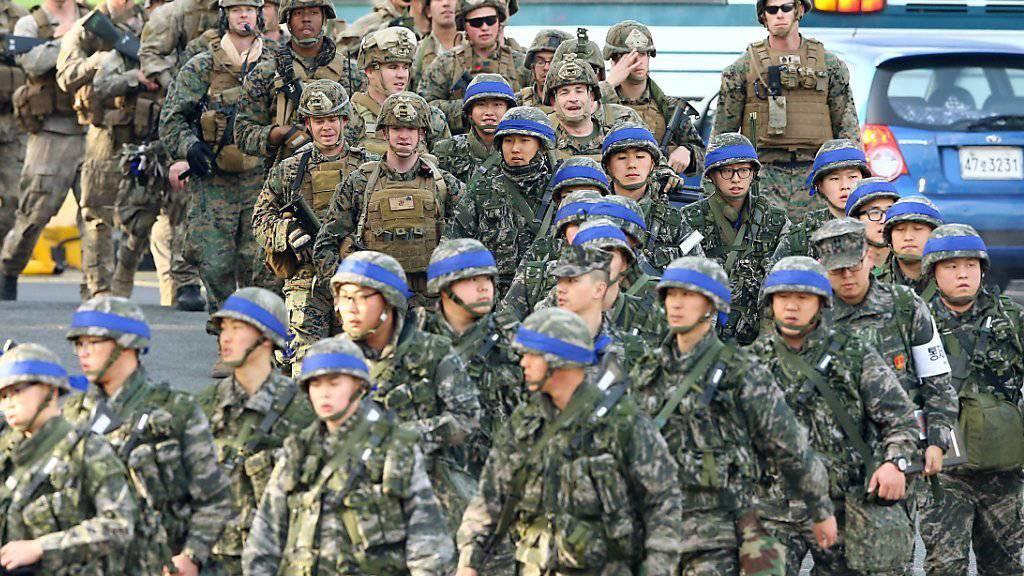 Südkoreanische und US-Soldaten machen sich auf zur jährlichen gemeinsamen Militärübung, die Nordkorea jeweils zur Weissglut treibt.