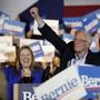 Senator Bernie Sanders jubelt gemeinsam mit seiner Frau Jane über den Sieg in Nevada.