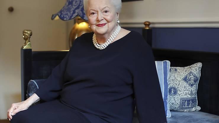 """Fürchtet nach einer Fernsehserie, in der sie porträtiert wird, um ihren Ruf: US-Schauspielerin Olivia de Havilland (""""Vom Winde verweht""""). (Archivbild)"""