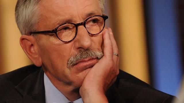 Sarrazin verteidigt sich im deutschen Fernsehen