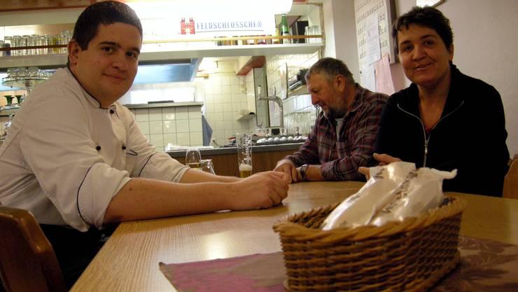 James (l.) und Ursula Henzi müssen die Kantine Meyer-Wyss aufgeben. Foto: FUP