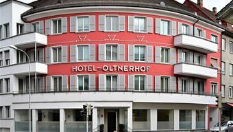 Das Hotel Oltnerhof an der Neuhardstrasse 23 mit 30 Zimmern steht zum Verkauf. Bild: Bruno Kissling