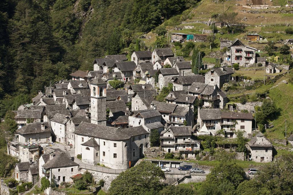 Corippo - die kleinste Gemeinde der Schweiz (© Keystone)
