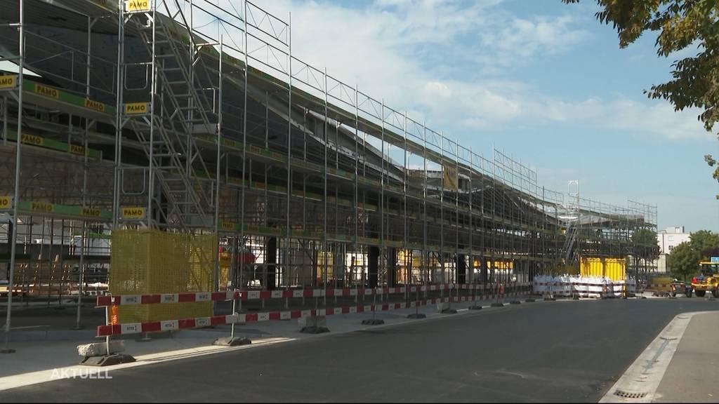 Sommaruga begrüsst die moderne Verkehrsdrehscheibe in Wohlen