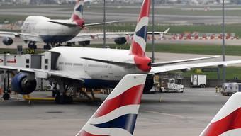 Zehntausende Passagiere kommen nicht weg:  Die meisten Flieger von British Airways bleiben wegen Pilotenstreiks am Boden. (Archivbild)