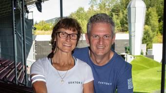 Das Ehepaar Cristina und Mario Tonet auf der Tribüne von «Sektor 1».