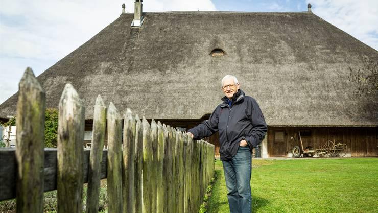 Christoph Haller, Präsident der Museumskommission, kennt das «Salzmehus» aus der Zeit, als es noch bewohnt war.