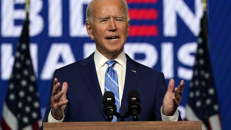 Joe Biden, Präsidentschaftskandidat der Demokraten, hält eine Rede. Foto: Carolyn Kaster/AP/dpa