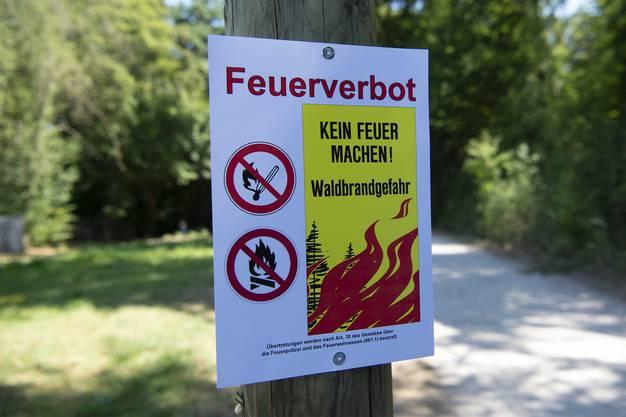 Feuerverbot erlassen Der kantonale Führungsstab hat in den Sommermonaten im ganzen Aargau phasenweise ein absolutes Feuerverbot verfügt.