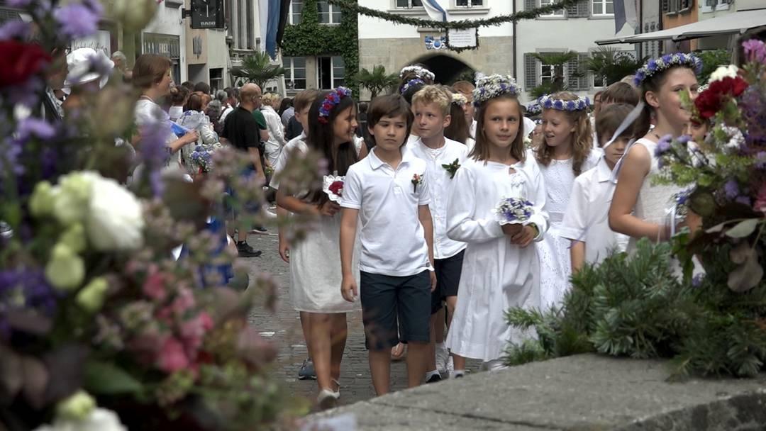 Jugendfest Lenzburg: der Festumzug im Video