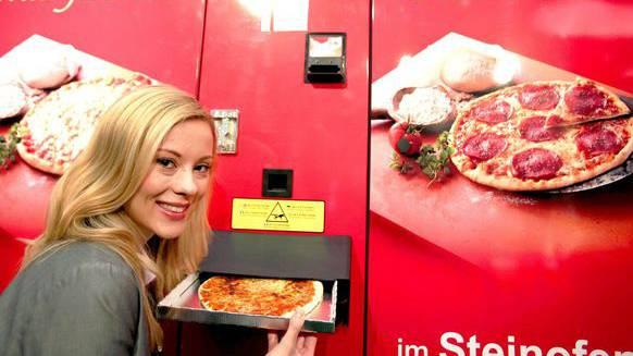 Pizza-Automat: Es gibt ihn häufiger als ihr denkt. Sogar in der Schweiz stehen einige davon.