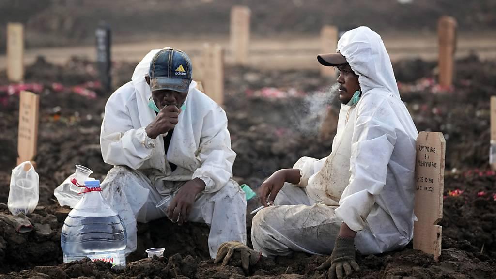 Bei der WHO gemeldete Corona-Todeszahlen stark gestiegen