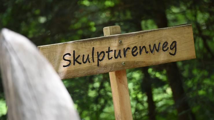 Der Skulpturenweg liegt im Südwesten Reinachs im Leiwald