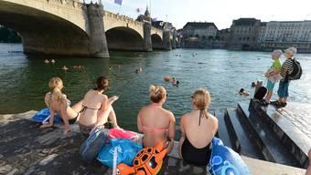 Warm fürs Rheinschwimmen
