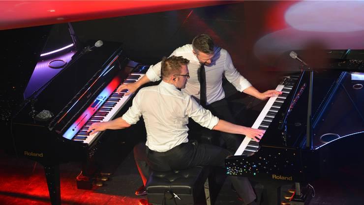«Chris & Mike» hauen zum musikalischen Auftakt der RGA18 in die Tasten.
