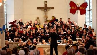 Buchsgauer Kammerchor und das Capriccio Barockorchester unter der Leitung von Tobias von Arb.