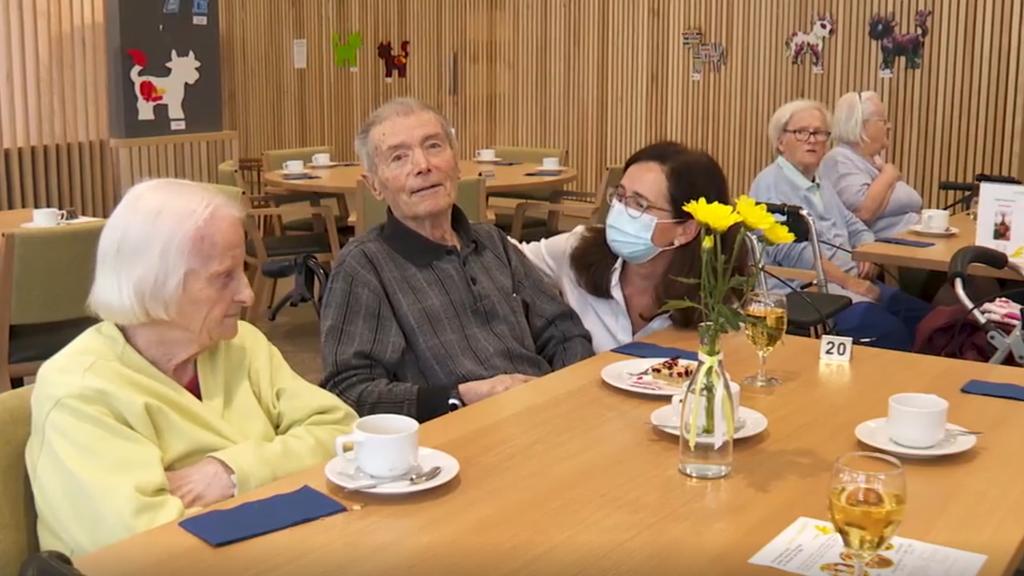 Die Booster-Impfung ist da: Altersheime atmen auf
