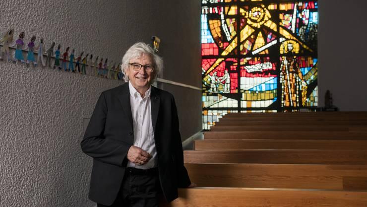 Der katholische Pfarrer Max Kroiss freut sich, dass der Abt des Klosters Engelberg bei seinem Besuch am Sonntag die Firmung übernimmt.