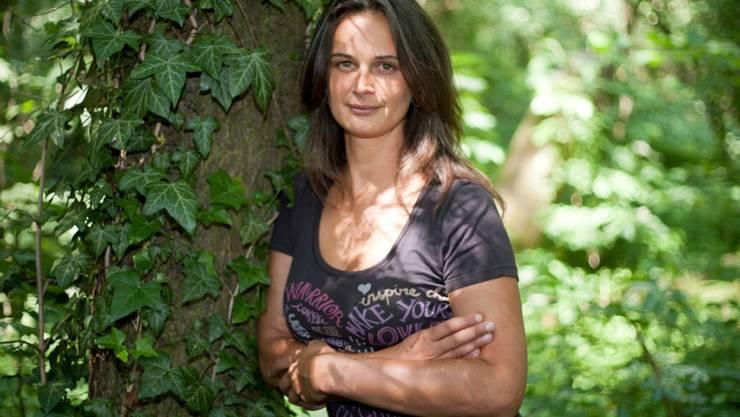 """Als Umweltaktivistin lebte die US-Amerikanerin Julia Butterfly Hill zwei Jahre lang auf einem Baum. Nun soll die Geschichte der """"Baumfrau"""" verfilmt werden. (Archivbild)"""