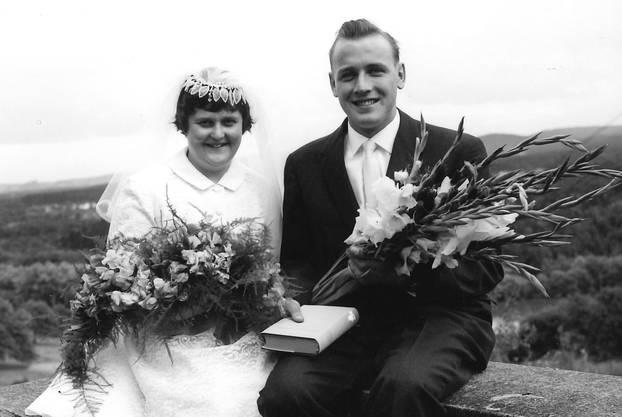 Frisch vermähltes Ehepaar Mürset