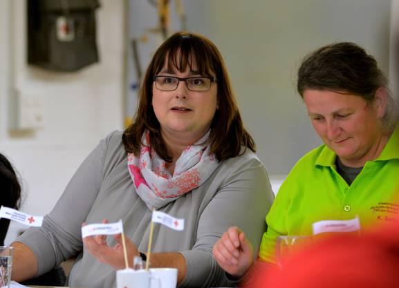 Nathalie Hänni startete als Tagespräsidentin die Gründerversammlung des MSV Aare Nord-Süd, bis Kathrin Sutter (rechts) zur ersten Vereinspräsidentin gewählt wurde.
