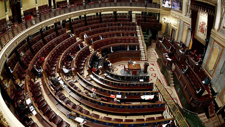 Das Parlament in Madrid hat am Donnerstagmorgen die Ausnahmesituation in Spanien bis Mitte April bewilligt.