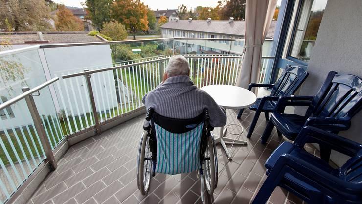 Das Pflegeheim Forst ist zu klein und genügt nicht mehr den pflegerischen Ansprüchen. Das Pflegeheim Magnolienpark bietet sich dabei als Partner an. (Symbolbild)