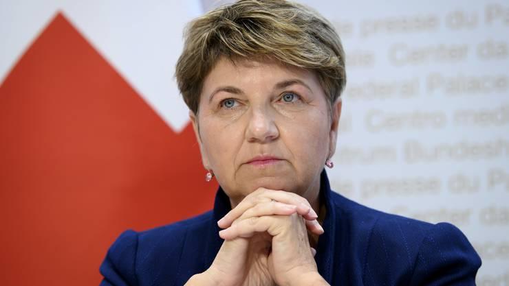 Bundesrätin Viola Amherd setzte sich am Dienstag mit den Missbrauchsvorwürfen im Turnsport auseinander.