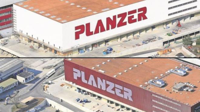 Eine Fassade, zwei Gesichter: Gemäss dem Prattler Gemeinderat verletzt Planzer das Reklamereglement. Foto: Erich Meyer