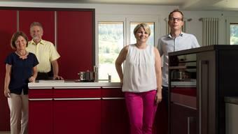 Nachfolgeregelung bei der Brogle AG in Wittnau: Hildegard und Paul Brogle (links) übergeben Geschäftsführung anFranziska Bircher und Urs Schmid.
