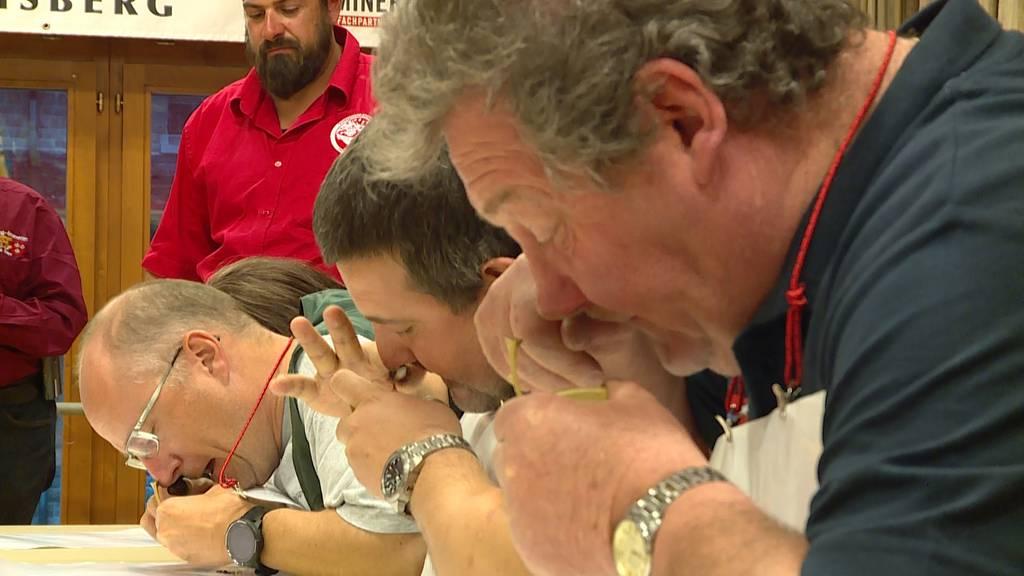 Schnupf-Schweizermeisterschaft: Stopfen bis man die Nase voll hat