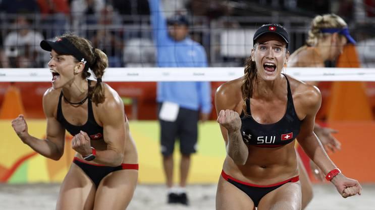Joana Heidrich (rechts) mit ihrer Partnerin Nadine Zumkehr in Rio.