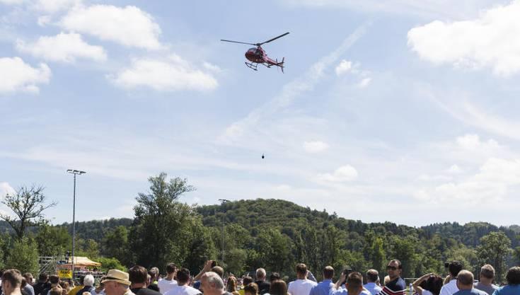 CC will mit dem Helikopter an den Match Aarau-Sion kommen