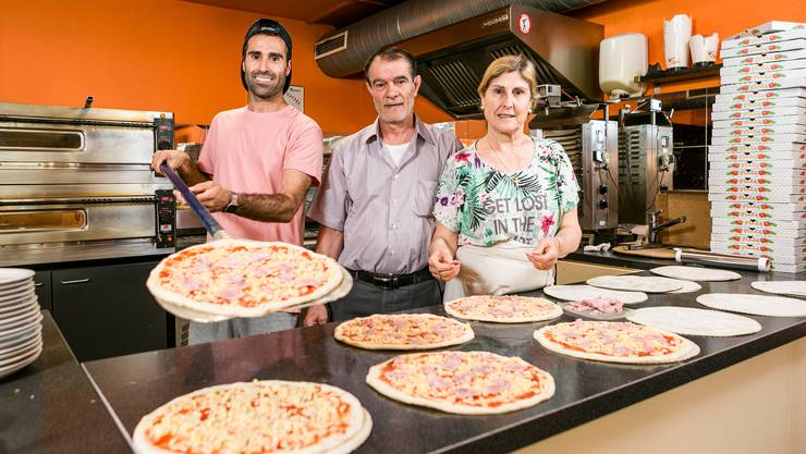 Im Familienbetrieb «Speedy Food»: Robert, Georg und Verdi Baydar (v.l.).