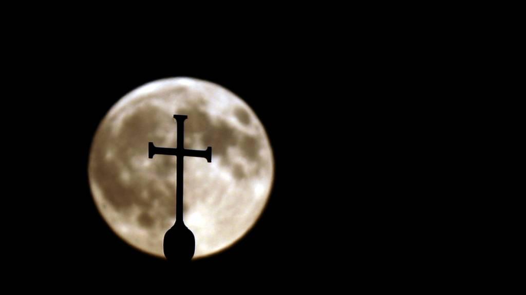 Zwei Priester wegen sexuellen Missbrauchs verurteilt