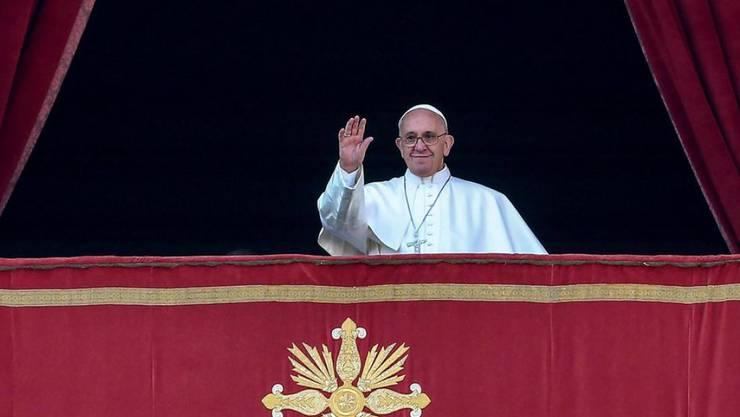 Er ist sich Kameras gewohnt: Doch dass Papst Franziskus als Filmschauspieler durchstarten soll, dementiert der Vatikan vehement (Archiv).