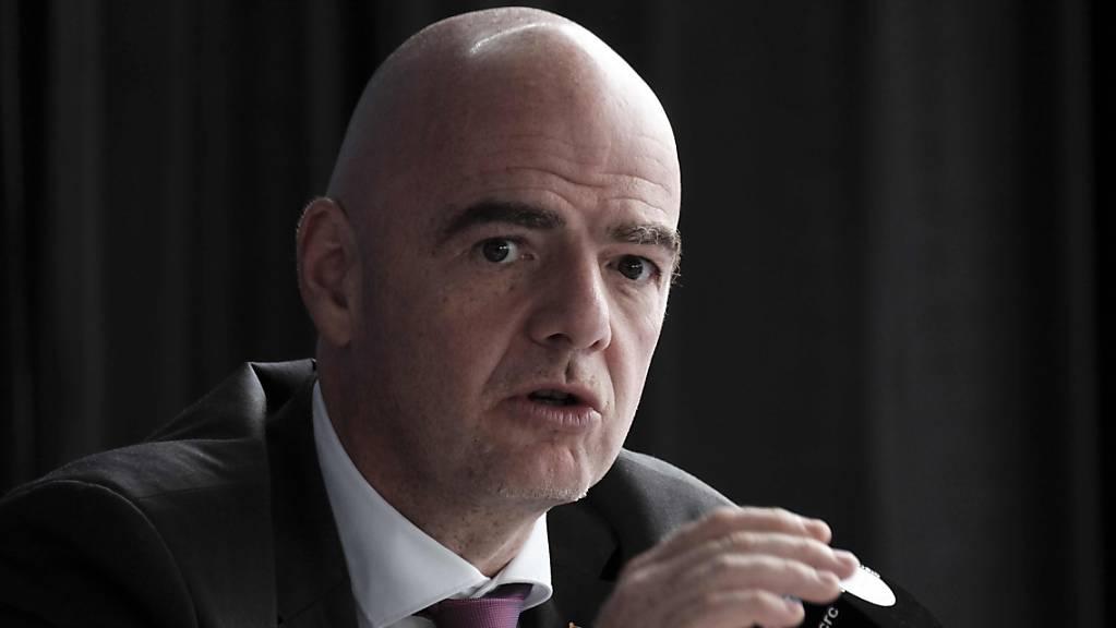 Die FIFA (im Bild Präsident Gianni Infantino) empfiehlt Terminänderungen für die März- und April-Länderspiele