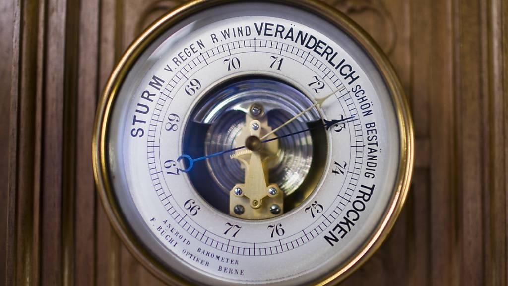Hoch «Ekart» lässt Luftdruck im Rheintal steigen