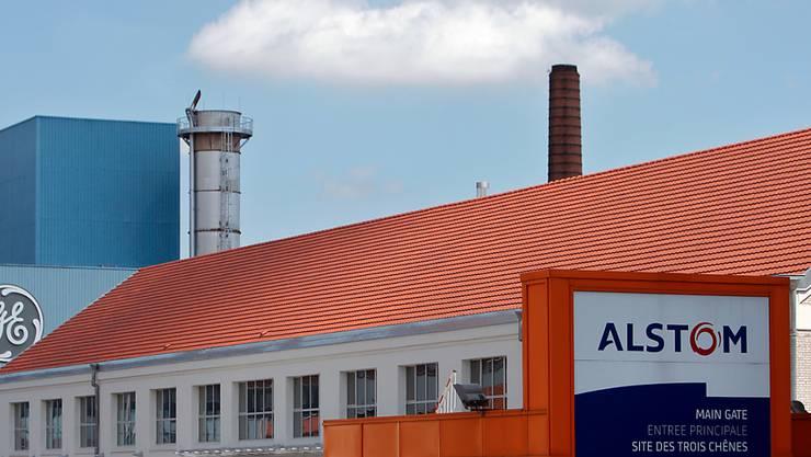 Alstom- und General-Electric-Fabriken im französischen Belfort: GE will die Behörden in einer Anhörung davon überzeugen, dass die Übernahme zu genehmigen ist (Archivbild):