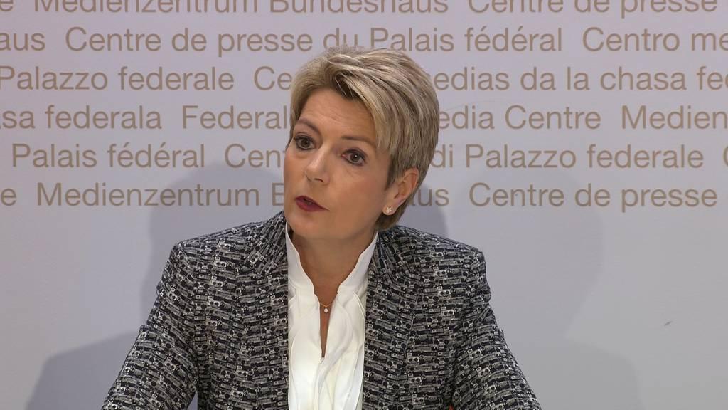 Der Bundesrat wird die Asylverfahren nicht aussetzen
