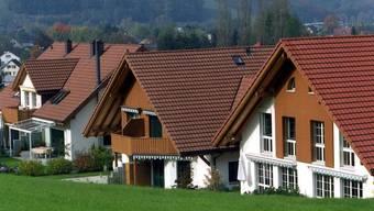 Sturm auf das Eigenheim: Wohnen in solide finanzierten eigenen vier Wänden wird finanziell lohnender Shutterstock