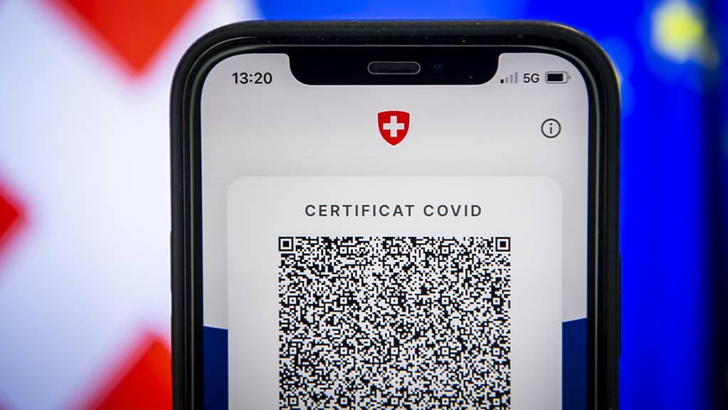 Der Kanton Luzern lässt über 200 Covid-Zertifikate sperren wegen möglichem Missbrauch. (Symbolbild)