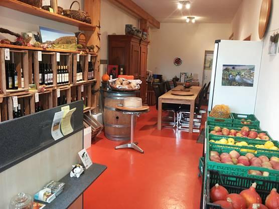 Nebst Wein gibt es auf dem Zelglihof in Rüfenach auch Fleisch und Obst.