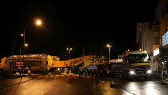 Spezialtransport: Neuer Transformator für das Umspannwerk Obfelden.
