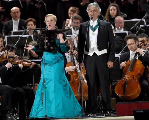 Andrea Bocelli and die deutsche Sopranostimme Diana Damrau
