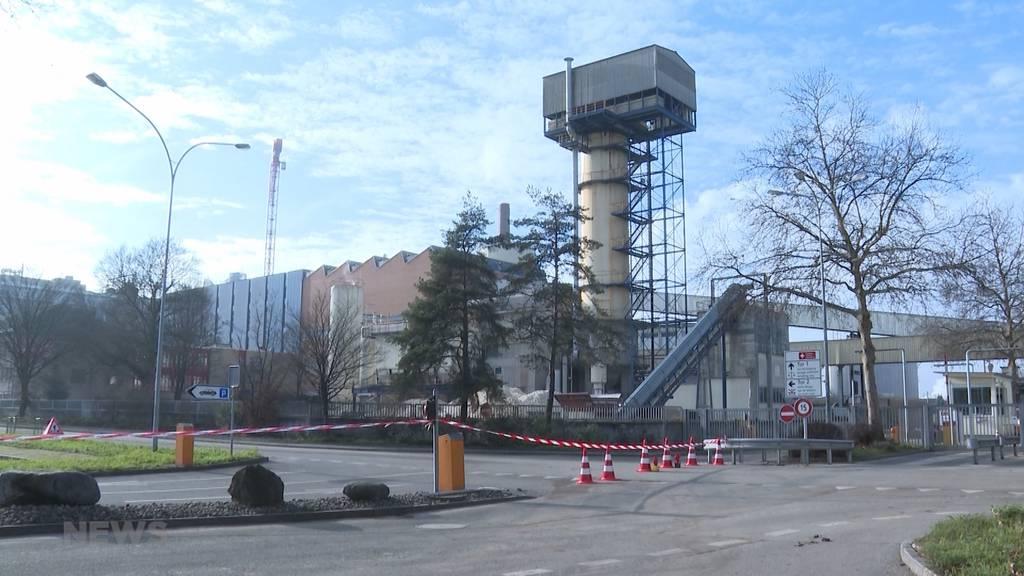 Aarberg: Riss im 30-Meter-Turm der Zuckerfabrik